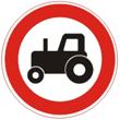 Дорожный знак 3.6 «Движение тракторов запрещено»